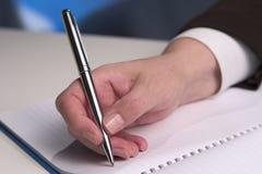 γράψιμο 5 χεριών Στοκ φωτογραφίες με δικαίωμα ελεύθερης χρήσης