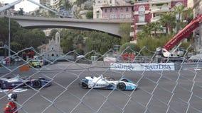 Γρήγορα αυτοκίνητα τύπου ε στο Μονακό ε-Prix απόθεμα βίντεο