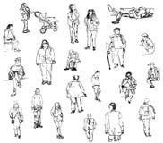 Γρήγορα σκίτσα των ανθρώπων σε μια οδό Στοκ εικόνα με δικαίωμα ελεύθερης χρήσης