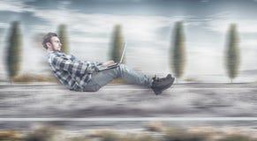 Γρήγορα levitating επιχειρηματίας στοκ εικόνες με δικαίωμα ελεύθερης χρήσης