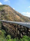 Γρήγορη κυκλοφορία στη γέφυρα της εθνικής οδού στοκ φωτογραφία με δικαίωμα ελεύθερης χρήσης