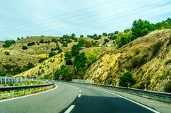 Γρήγορος δρόμος στα βουνά στην Ισπανία, όμορφο τοπίο του moun Στοκ εικόνες με δικαίωμα ελεύθερης χρήσης
