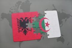 γρίφος με τη εθνική σημαία της Αλβανίας και της Αλγερίας σε έναν παγκόσμιο χάρτη Στοκ εικόνα με δικαίωμα ελεύθερης χρήσης