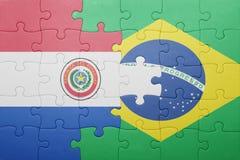 Γρίφος με τη εθνική σημαία της Βραζιλίας και της Παραγουάης Στοκ φωτογραφίες με δικαίωμα ελεύθερης χρήσης