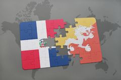 γρίφος με τη εθνική σημαία της Δομινικανής Δημοκρατίας και του Μπουτάν σε έναν παγκόσμιο χάρτη απεικόνιση αποθεμάτων