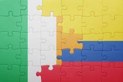 Γρίφος με τη εθνική σημαία της Κολομβίας και της Ιρλανδίας Στοκ Φωτογραφία