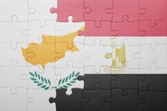 γρίφος με τη εθνική σημαία της Κύπρου και της Αιγύπτου Στοκ φωτογραφία με δικαίωμα ελεύθερης χρήσης