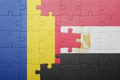 γρίφος με τη εθνική σημαία της Ρουμανίας και της Αιγύπτου Στοκ φωτογραφίες με δικαίωμα ελεύθερης χρήσης