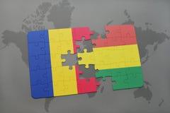 γρίφος με τη εθνική σημαία της Ρουμανίας και της Βολιβίας σε έναν παγκόσμιο χάρτη Στοκ φωτογραφίες με δικαίωμα ελεύθερης χρήσης