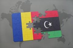 γρίφος με τη εθνική σημαία της Ρουμανίας και της Λιβύης σε έναν παγκόσμιο χάρτη Στοκ Εικόνες