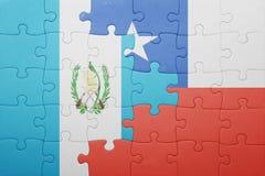 Γρίφος με τη εθνική σημαία της Χιλής και της Γουατεμάλα Στοκ φωτογραφία με δικαίωμα ελεύθερης χρήσης