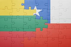 Γρίφος με τη εθνική σημαία της Χιλής και της Λιθουανίας Στοκ φωτογραφία με δικαίωμα ελεύθερης χρήσης