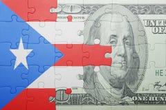 Γρίφος με τη εθνική σημαία του τραπεζογραμματίου του Πουέρτο Ρίκο και δολαρίων Στοκ εικόνα με δικαίωμα ελεύθερης χρήσης