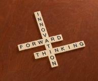Γρίφος σταυρόλεξων με την καινοτομία λέξεων, μπροστινός, σκέψη Innov Στοκ φωτογραφία με δικαίωμα ελεύθερης χρήσης