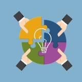 Γρίφος τορνευτικών πριονιών συγκέντρωσης επιχειρηματιών για το τέλειο ima λαμπών φωτός Στοκ εικόνα με δικαίωμα ελεύθερης χρήσης