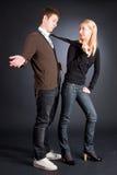 γραβάτα ανδρών που τραβά τις γυναίκες Στοκ εικόνες με δικαίωμα ελεύθερης χρήσης