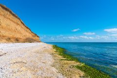 Γραμμή ακτών και εγκαταλειμμένη παραλία, Ρουμανία, Constanta, στις 23 Αυγούστου Στοκ Φωτογραφίες