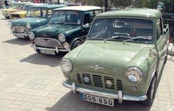 Γραμμή μίνι αυτοκινήτων Στοκ Φωτογραφίες