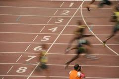 γραμμή τερματισμού ταχύτητ&alph Στοκ φωτογραφία με δικαίωμα ελεύθερης χρήσης