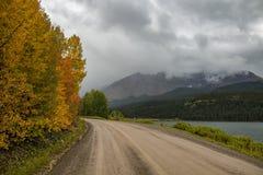 Γραμμή Aspens ένας δευτερεύων δρόμος λιμνών κοντά Telluride, Κολοράντο στοκ φωτογραφία με δικαίωμα ελεύθερης χρήσης