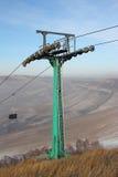 Γραμμική υποστήριξη rope-way επιβατών κρεμαστών κοσμημάτων στοκ φωτογραφία