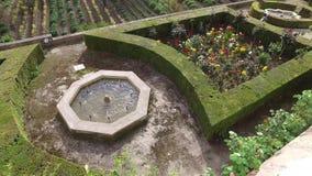 Γρανάδα, Ανδαλουσία, Ισπανία - 17 Απριλίου 2016: Alhambra και Generalife παλάτι με τους κήπους απόθεμα βίντεο