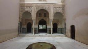 Γρανάδα, Ανδαλουσία, Ισπανία - 17 Απριλίου 2016: Alhambra παλάτι και φρούριο σύνθετα που εντοπίζει στη Γρανάδα απόθεμα βίντεο