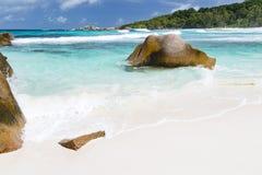 Γρανίτης και παραλία, Λα Digue, Σεϋχέλλες Στοκ εικόνα με δικαίωμα ελεύθερης χρήσης