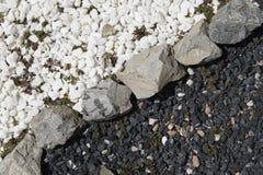 Γραπτές διακοσμητικές πέτρες κήπων Στοκ Φωτογραφίες