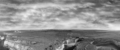 Γραπτή εναέρια άποψη της αψίδας φαραγγιών και νησιών Ard λιμνών, Π Στοκ εικόνα με δικαίωμα ελεύθερης χρήσης
