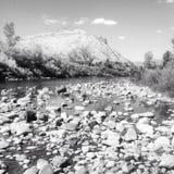 Γραπτή κοίτη ποταμού βράχου Στοκ εικόνα με δικαίωμα ελεύθερης χρήσης