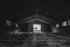 Γραπτός - παλαιός εγκαταλειμμένος μύλος ξυλείας Στοκ Εικόνα