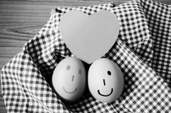 Γραπτό ύφος τόνου χρώματος αυγών χαμόγελου Στοκ Φωτογραφίες
