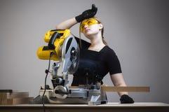 Γραφείο γυναικών και εργασίας Στοκ εικόνες με δικαίωμα ελεύθερης χρήσης