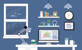 Γραφείο με το σύνολο, τα έγγραφα και τα χαρτικά υπολογιστών Εργασιακός χώρος για Στοκ φωτογραφία με δικαίωμα ελεύθερης χρήσης