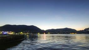 Γραφική άποψη της λίμνης Como το βράδυ, Ιταλία φιλμ μικρού μήκους