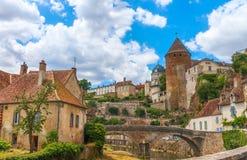 Γραφική μεσαιωνική πόλη Semur EN Auxois στοκ φωτογραφία