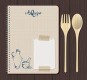 Γραφική παράσταση σημειωματάριων συνταγής με συρμένα το χέρι κείμενο, oilcan και το κονίαμα Ξύλινα δίκρανο και κουτάλι Άσπρο φύλλ Στοκ εικόνα με δικαίωμα ελεύθερης χρήσης