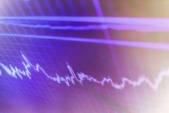 Γραφική παράσταση στοιχείων υποβάθρου χρηματοδότησης Διάγραμμα χρηματιστηρίου, γραφική παράσταση στο μπλε υπόβαθρο Στοκ Φωτογραφίες