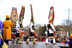 Γραφική σκηνή καρναβαλιού μίμων με προσωπείο χορού Στοκ Εικόνες