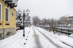 Γραφική χειμερινή σκηνή από τον ποταμό της Φλώρινας, μια μικρή πόλη στη βόρεια Ελλάδα Στοκ Φωτογραφία
