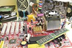 γραφικό απομονωμένο λευκό κατσαβιδιών επισκευής υπολογιστών προσαρμοστών Στοκ εικόνες με δικαίωμα ελεύθερης χρήσης