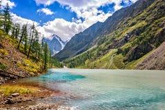 Γραφικό βουνό Altai Ρωσία τοπίων Στοκ Εικόνες