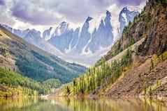 Γραφικό βουνό Altai Ρωσία τοπίων Στοκ φωτογραφίες με δικαίωμα ελεύθερης χρήσης