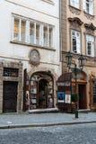 Γραφικό κατάστημα αντικών στην Πράγα στοκ εικόνα με δικαίωμα ελεύθερης χρήσης