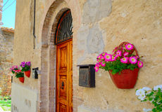 Γραφικό κτήριο στο SAN Gimignano Στοκ φωτογραφία με δικαίωμα ελεύθερης χρήσης