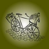 Γραφικό σχέδιο: ένα αναδρομικό ποδήλατο με ένα καλάθι των λουλουδιών στο πεζοδρόμιο πετρών στο σκούρο πράσινο υπόβαθρο Στοκ φωτογραφίες με δικαίωμα ελεύθερης χρήσης