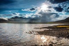Γραφικό τοπίο ενός ποταμού βουνών με το παραδοσιακό natur Στοκ φωτογραφίες με δικαίωμα ελεύθερης χρήσης