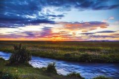 Γραφικό τοπίο ενός ποταμού βουνών με το παραδοσιακό natur Στοκ Φωτογραφίες