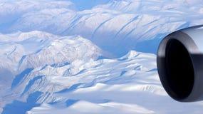 Γροιλανδία όπως βλέπει από τον ουρανό, άποψη φτερών με το στρόβιλο αεροπλάνων Στοκ εικόνα με δικαίωμα ελεύθερης χρήσης